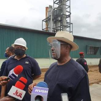 Governor-Nyesom-Wike-inspecting-the-cassava-processing-plant-in-Afam-Oyigbo-Rivers-State-.jpg